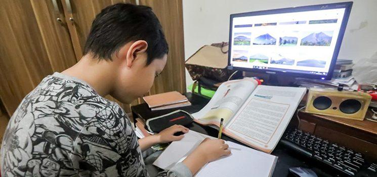 belajar di rumah