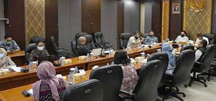Komisi Rapat 1