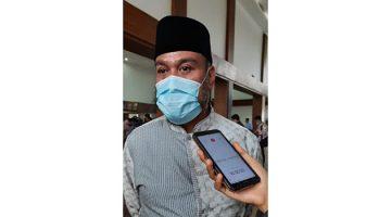 H.Dadang Kurniawan, S.Ip, MH