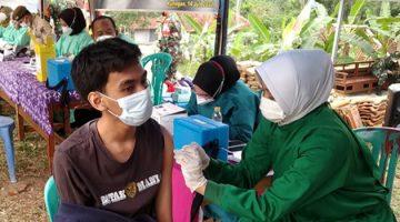 vaksin massal